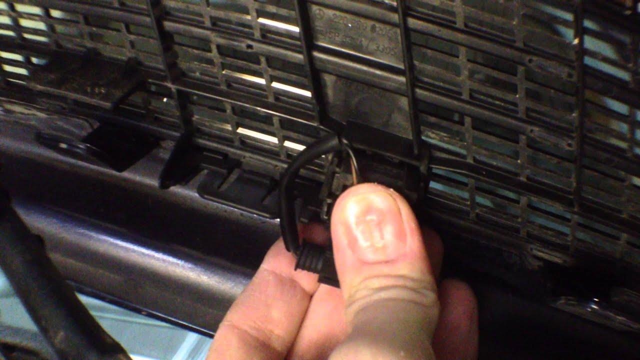 как снять форсунки омывателя лобового стекла мерседес
