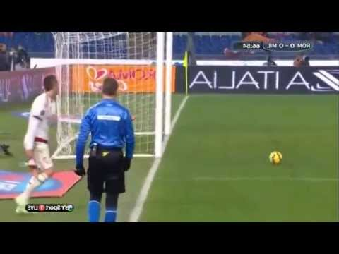 Gol dianulir dari Jeremy Menez (AS Roma v AC MILAN)