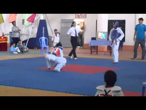 giai thi dau taekwondo hoc sinh