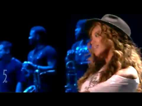 Jay-Z & Beyoncé - Forever Young Live at Coachella