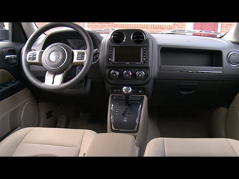 Jeep patriot 2013 interior