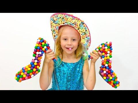Stacy juega como vendedora de dulces