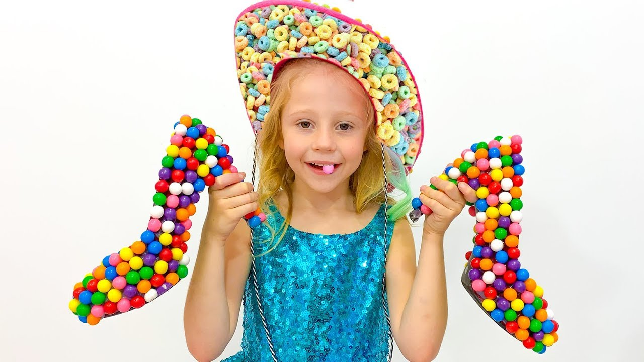 Download Stacy juega como vendedora de dulces