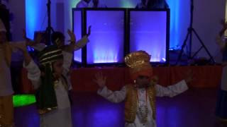 Aajaa Jinee nachna hai mitra de naal - Bhangra performed by Junior Kids