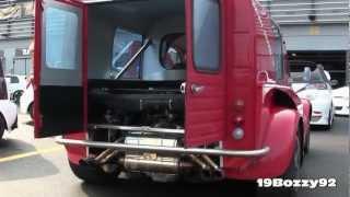Un moteur Ferrari dans une 2CV