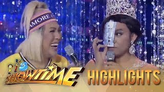 It's Showtime Miss Q and A: Vice Ganda screams after Chad Lustre Reid produces money