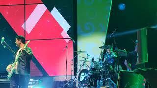 Armada - cinta itu buta  live concert