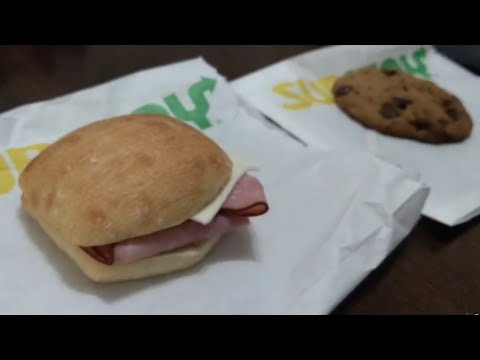 Subway's New $1.89 Slider Sandwiches Hands On Review, Taste Test and Bun Examination