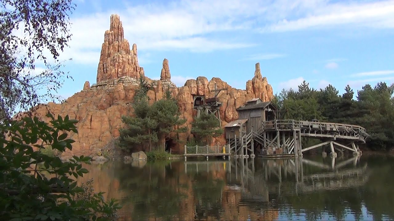 Big Thunder Mountain Railroad at Disneyland Paris Full POV ...