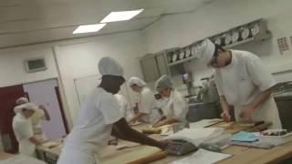 Французские булочки Пан-о-Резан и Круассаны