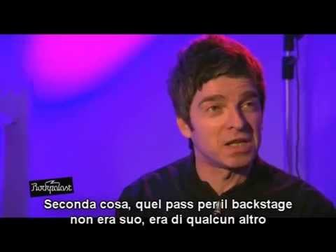 (sottot. ITA) Noel Gallagher pissed off after Liam question and mocks the Italian lira