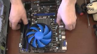 Офф: Максим собирает компьютер.