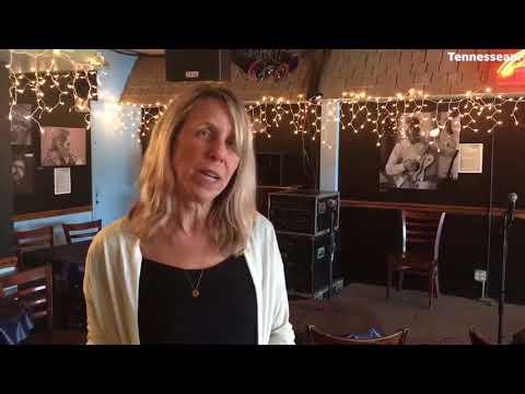 Nashville Bluebird Cafe: Take a look inside the music venue