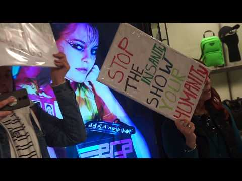 Anti-Fur Activists Locked Inside Prada Store