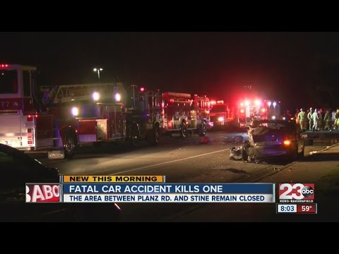 Car accident in South Bakersfield kills at least one person