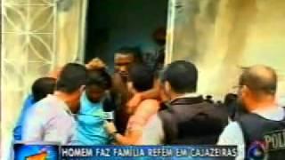 Homem faz família refém em Cajazeiras - Se Liga Bocão