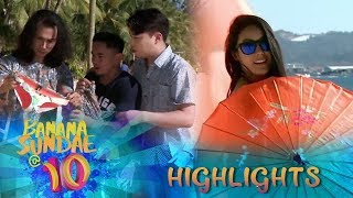 The sexy naked woman in the beach | Banana Sundae