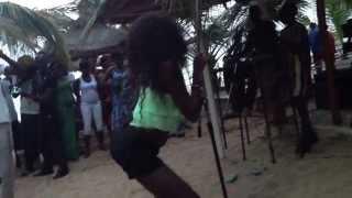 Danse à la plage de Mbour Sénégal