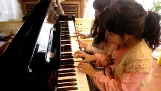 20101212姉妹でピアノ メリーポピンズ