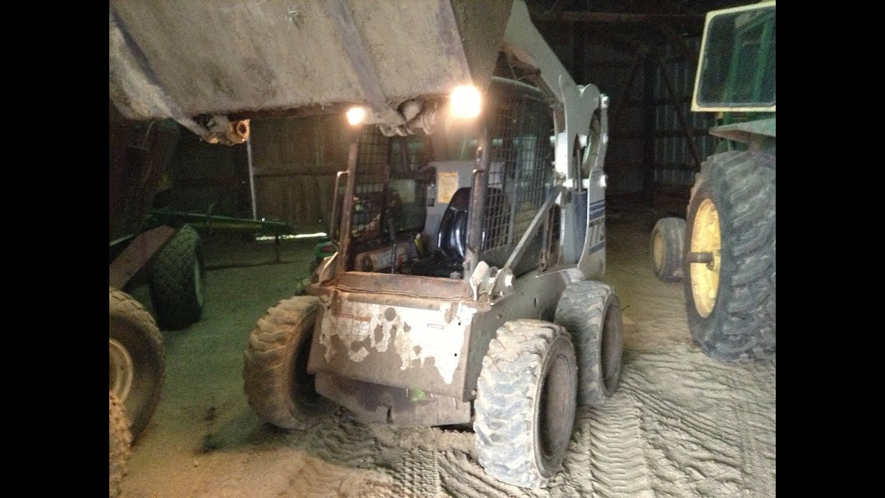 how to operate a skid loader skid steer bobcat 773  [ 1280 x 720 Pixel ]