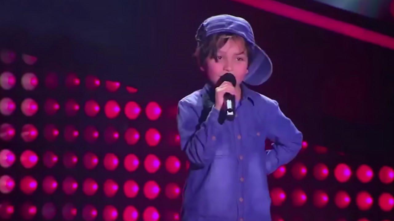 8-year old Matthew sings 'Boyfriend' of Justin Bieber   La Voz Kids  Colombia - Blind Audition