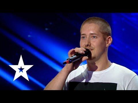Cântă ca să nu plece din țară| Rapp'aga - Românii Au Talent