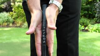 Putting Grip - Golf Tips & Drills
