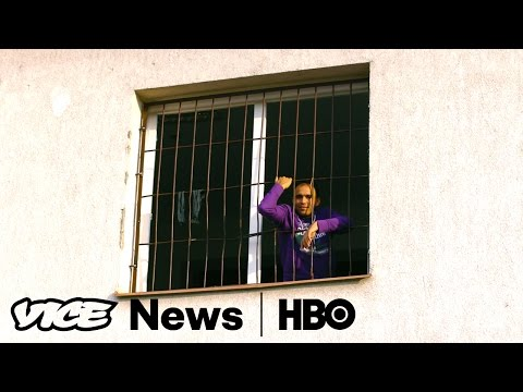 Locked Up Migrants & Wind Power: VICE News Tonight Full Episode (HBO)