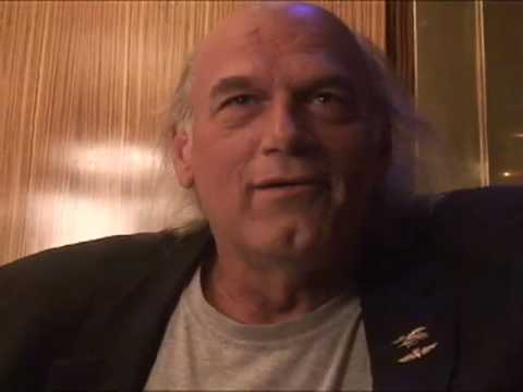 Meet Governor Jesse Ventura