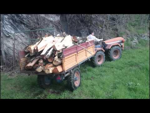 Carraro SuperTigre carico di legna 3