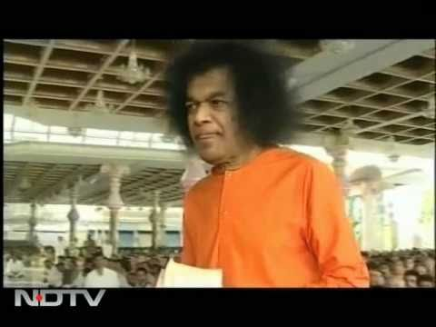 Sri Sathya Sai Baba dies in Puttaparthi
