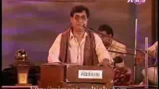Ahista ahista - Jagjit Singh (Live).flv