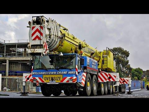 Liebherr LTM1300 Dismantling Tower Crane