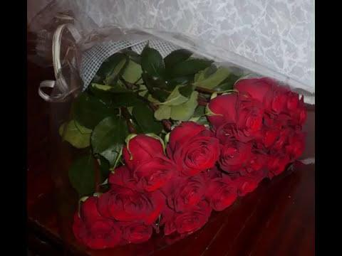 Вопрос: Сахар в розы чтобы дольше стояли. Помогает ли такой совет?