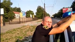 Жесткое общение с полицейским быдло