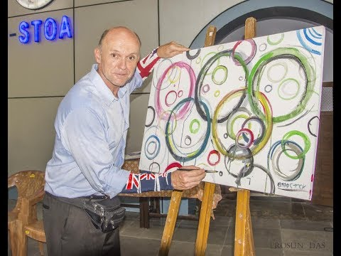 Olympic Day: 'Olympic Picasso' shows his magic in Kolkata