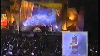 TLC Performs Unpretty Live