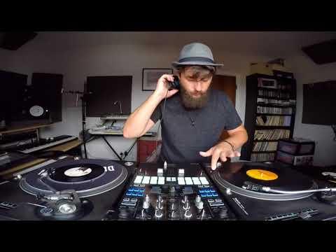 DJ Destruction - 5 Mins of Old School Breaks (Vinyl Mix)