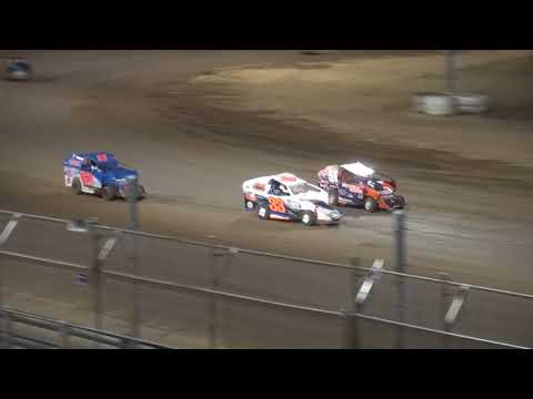 Indee Car feature Independence Motor Speedway 8/12/17