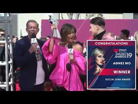 AGNEZ MO WINS SOCIAL STAR AWARD AT IHEART RADIO MUSIC AWARD 2019