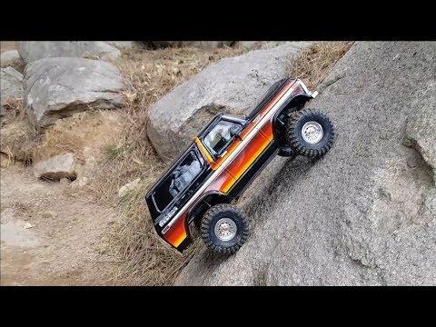 Traxxas TRX4 Ford Bronco Rock Crawling