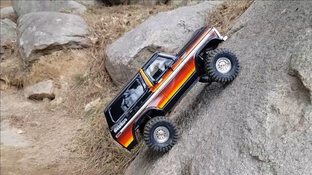 Traxxas TRX4 Ford Bronco Rock Crawling - YouTube