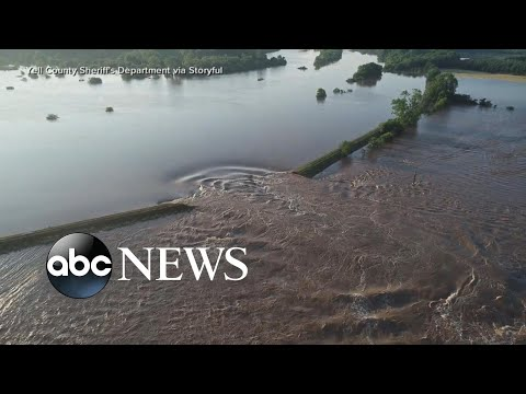 Severe weather causes flooding in several Midwest states
