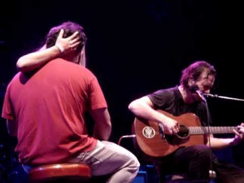 Pearl Jam Marriage Proposal Onstage + Just Breathe  Part 2