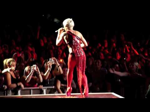 Don't Let Me Get Me - Pink (Brisbane - 25 August 2009)