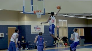 SICK BACK-TO-BACK dunk sequence with Davion Thomas and Troy Baxter