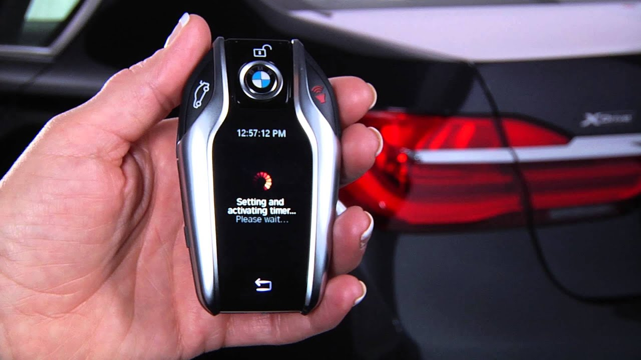 Use Display Key To Set Climate Control For Departure Time Bmw Genius How To