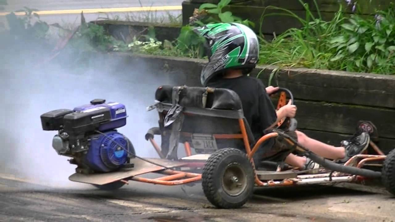 7 year old Go Kart burnout till the tire blows! - YouTube