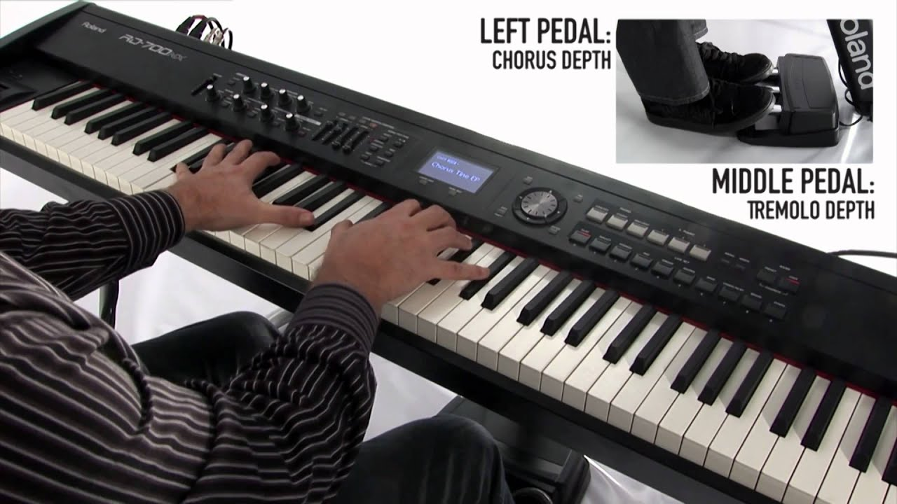 Rd 700nx digital piano synthesizer capability demo by for Roland vs yamaha piano