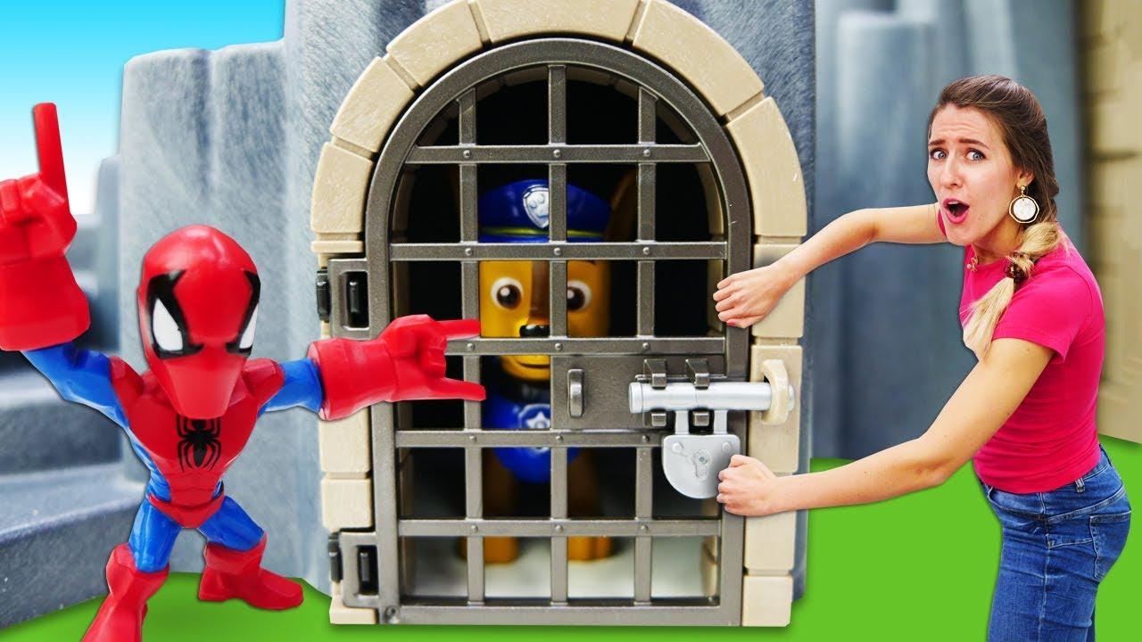 Download Patrulla Canina en el Castillo. La Guardería Infantil. Vídeos de juguetes para niños.